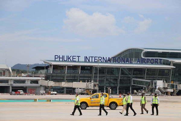 L'isolement de Phuket prolongé jusqu'au 31 août