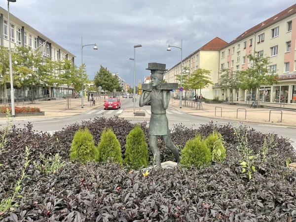 Der Ziegeljunge in der Berliner Straße in Rathenow (Foto: Christin Schmidt)