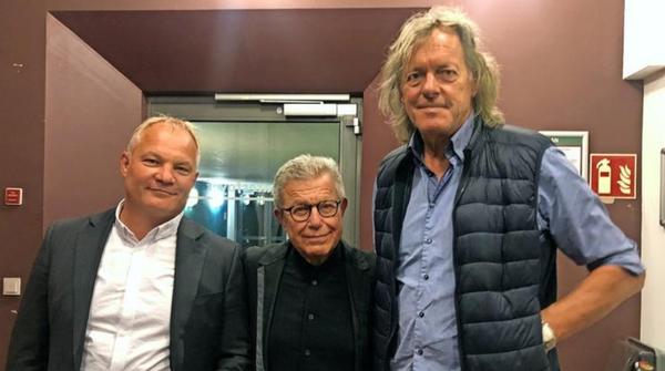 Architekt Daniel Libeskind (M.) mit den Investoren Friedhelm Schatz (r.) und Jan Kretzschmar nach dem Bauausschuss im Treffpunkt Freizeit in Potsdam. Foto: Peter Degener