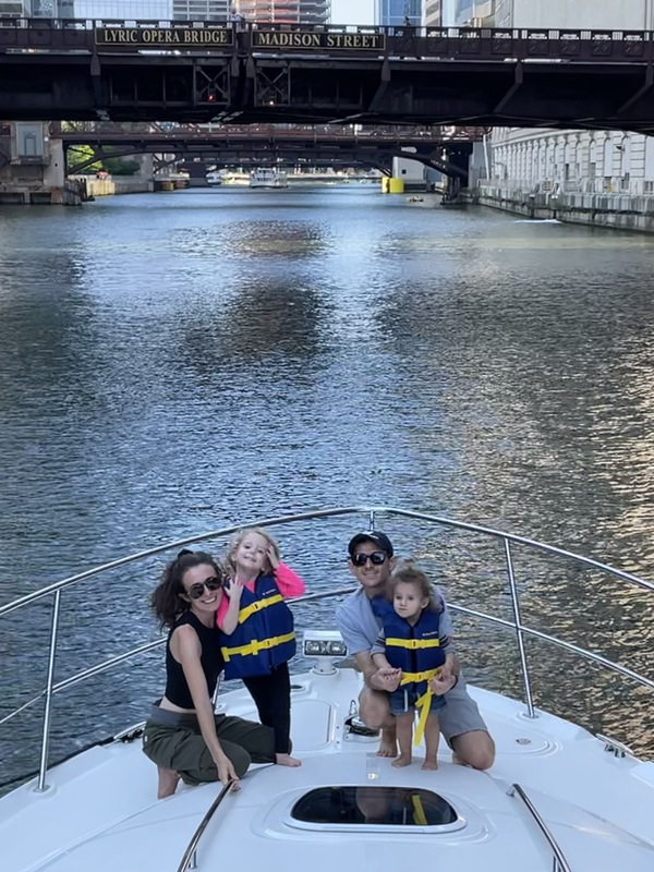 Cruising the Chicago River!