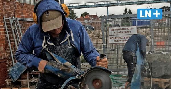 Freiluft-Atelier am Hafen: In Neustadt arbeiten jetzt sechs Bildhauer