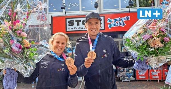 Besuch mit Bronzemedaille: Olympia-Segler zu Gast auf Fehmarn