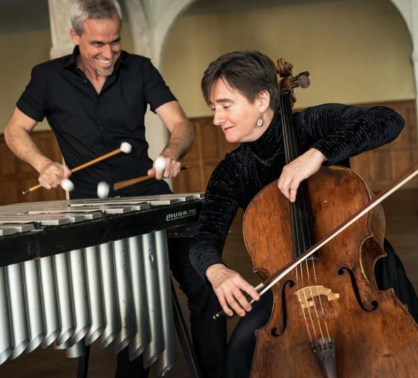 Oli Bott und Anna Carewe spielen am 10. September in Falkensee. (Foto: Promo)