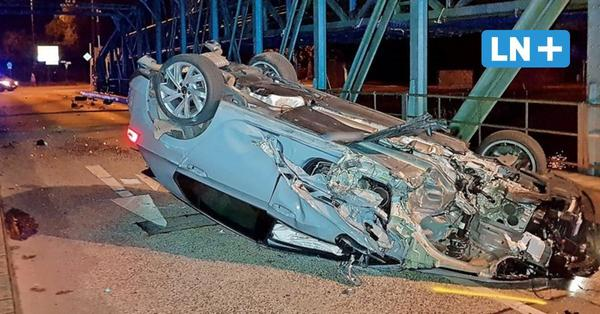 Lübeck: Hubbrücke nach schwerem Unfall bis Montag gesperrt