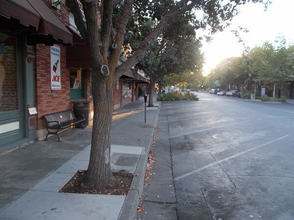 The Lonely Parking Meter – Winters, California - Atlas Obscura