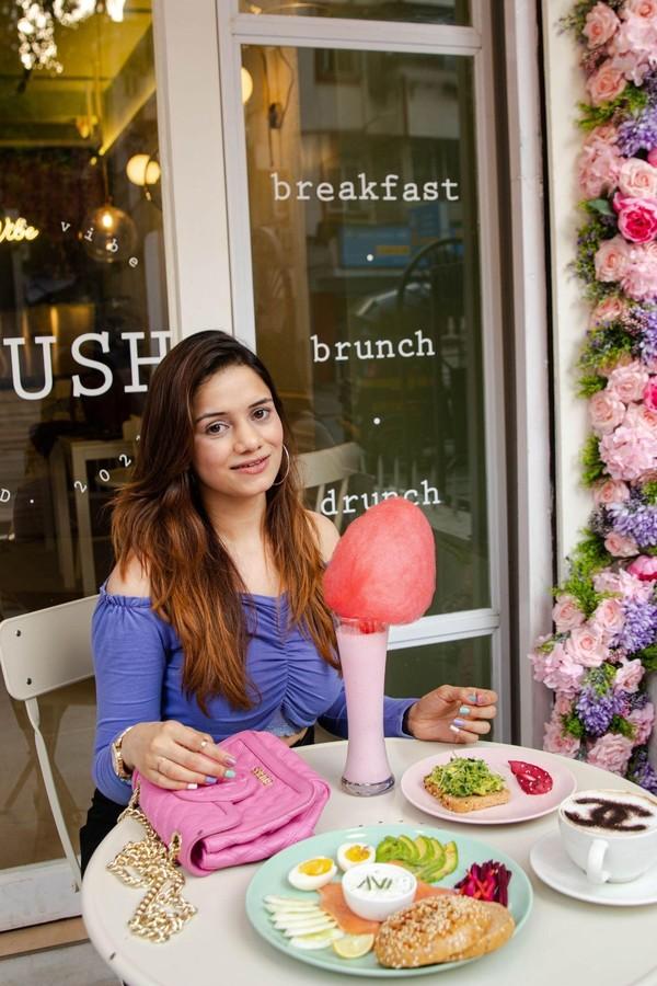 Palak Shah, Founder, Plush Cafe, Bandra and novelist, Peach, Plum and Damson | Business News This Week