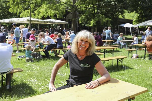 Gastfreundlich: Wirtin Elke Bostelmann vom Wiesendachhaus. Foto: Samantha Franson