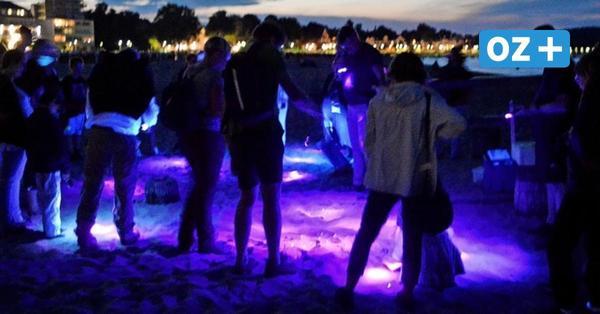 Boltenhagen: Bernsteinsuche nach Sonnenuntergang mit UV-Lampen