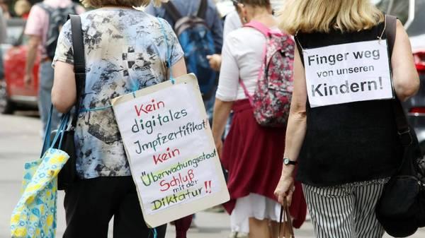 Polizei verbietet Querdenker-Demonstration am Wochenende in Berlin