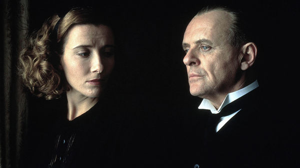 Sir Anthony Hopkins (rechts) in de film 'The Remains of the Day'   © NTR