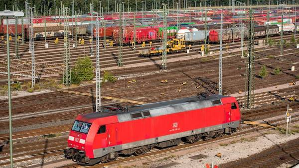 Streiks bei der Bahn - Ist das Tarifeinheitsgesetz gescheitert?