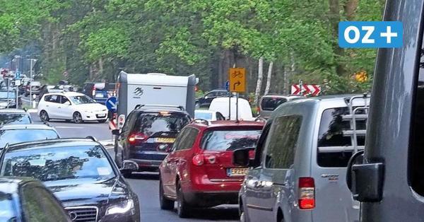 Verkehrschaos auf Rügen zur Urlaubszeit: Sind Touristen-Limit oder Auto-Maut eine Lösung?