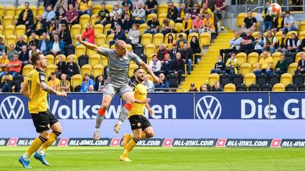 Bitterer Nachmittag: Dynamo Dresden verliert mit 0:3 gegen Paderborn