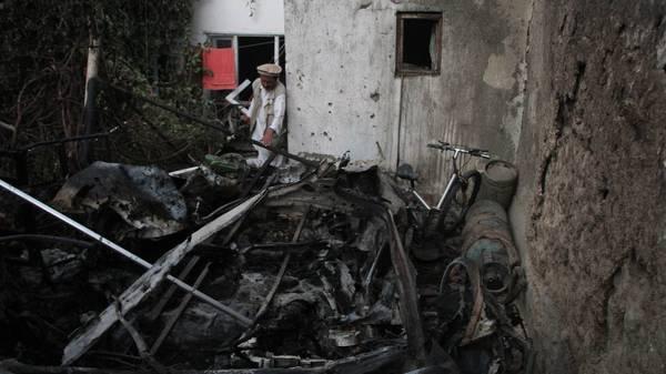 Afghanistan-News im Liveblog: Bericht über mindestens zehn zivile Todesopfer bei US-Luftangriff in Kabul