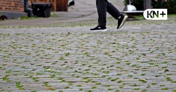 Kopfsteinpflaster des Lütjenburger Marktplatzes stammt aus Antwerpen