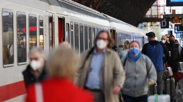 3G für Bahnreisen im Faktencheck: Wirklich nur wenige Corona-Infektionen in Zügen?