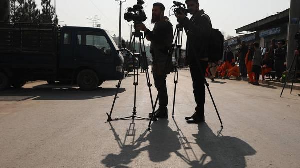 """""""Reporter ohne Grenzen"""": kaum noch Journalistinnen in Afghanistan"""