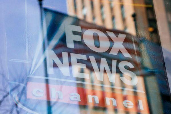 "Media watchdog issues dire warning: ""Fox News, not Facebook, will be driver of next insurrection""   Salon.com"