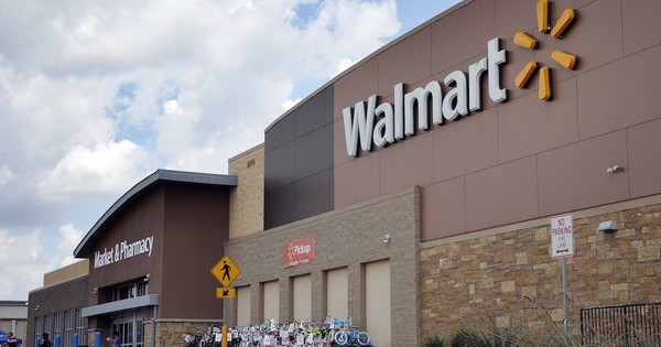 Walmart to hire 20,000 new employees, some in KS and MO