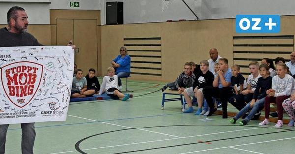 Mobbing-Experte Carsten Stahl in Binzer Schule: Erschütternd viele Kinder betroffen