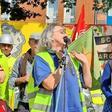 Gegner von Schacht Konrad übergeben 21.000 Unterschriften an Umweltminister Lies