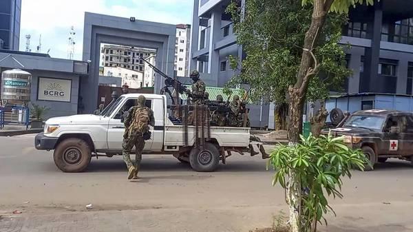 Guinea: Militär will nach Putsch Einheitsregierung bilden