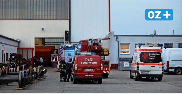 Rostock: Brennender Gabelstapler im Werk von DB Cargo löst Feuerwehreinsatz aus