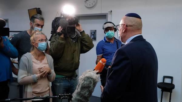 Angeklagter schweigt zu antisemitischen Anschlag auf jüdisches Restaurant