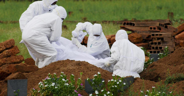 Authorities race to contain deadly Nipah virus outbreak in India - CBS News