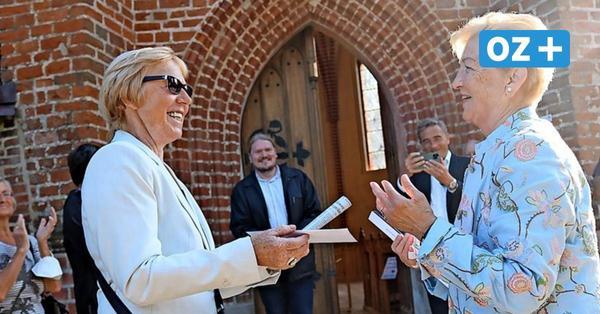 Wolgast: Ehemalige Hausdame im Kanzleramt spendet für St. Gertrud