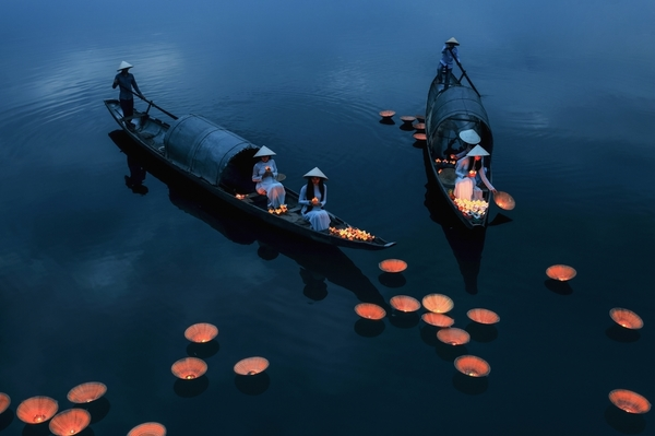 Pray for Souls by Phu Khanh Bui. Category - people