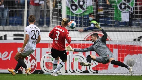 96 gewinnt mit 1:0 gegen den FC St. Pauli