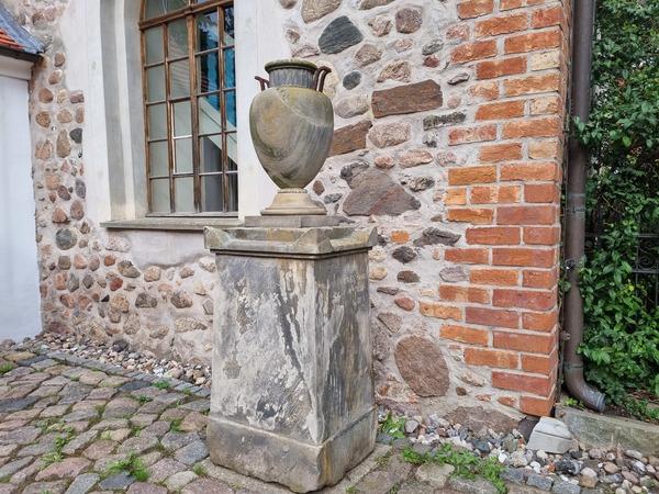 Der Encke-Stein von Falkensee. (Foto: Marlies Schnaibel)