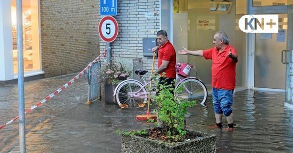 Unwetter in Segeberg: Wasser kam durch Decke und Ladentüren