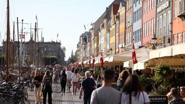 Corona in Dänemark: Wieso das Nachbarland alle Maßnahmen beendet – trotz vergleichbarer Infektionslage