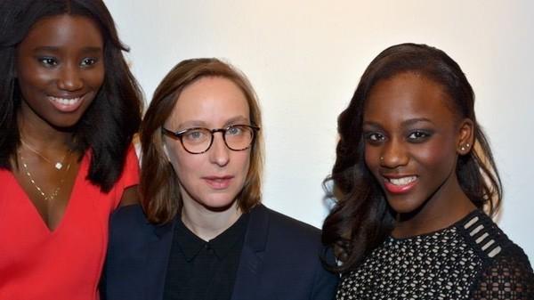 Regisseuse Céline Sciamma (midden) met actrices uit 'Bande de filles' | © Georges Biard