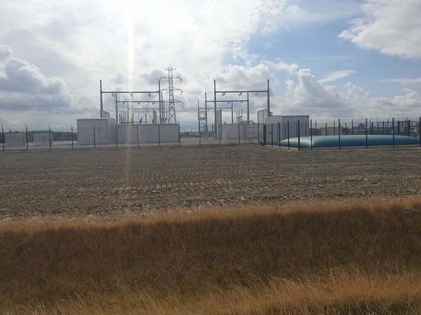 Bientôt des emplois en plus avec le nouveau poste électrique géant - Nieuw reusachtig elektrisch onderstation zal banen creëren
