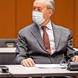 Ex-Personalvorstände von VW verteidigen Betriebsratsgehälter und Boni