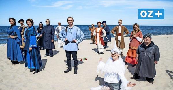 Stralsund: Fotoshooting auf dem Alten Markt mit Theaterfotografen