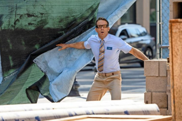 """Ryan Reynolds spielt die Hauptrolle in """"Free Guy"""". Quelle: Alan Markfield"""