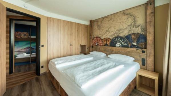 Wiedereröffnung in Damp: Neuer Name: Midgard wird zum größten Themenhotel Schleswig-Holsteins