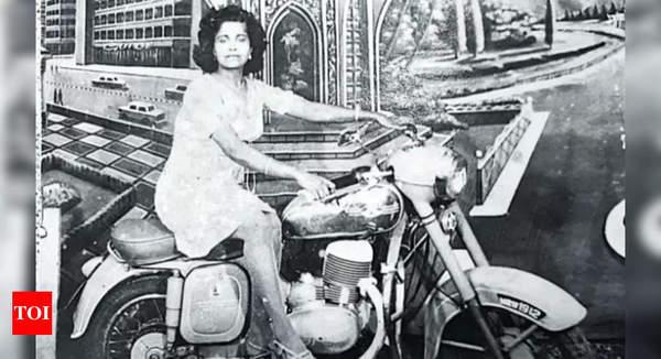 Walk down memory lane at good old Bandra Fair   Mumbai News - Times of India