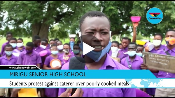 Students protest against caterer over poorly cooked meals