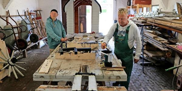 Badekarren aus Bad Doberan: Reparatur hilft Menschen bei der Rückkehr in den Arbeitsalltag