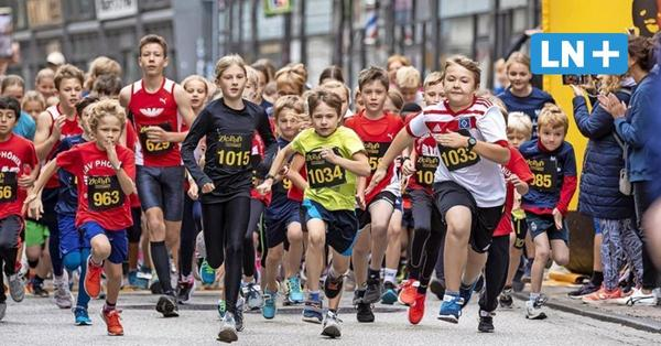 Applaus und Jubel im Ziel: Der City-Lauf Lübeck 2021 im Live-Ticker