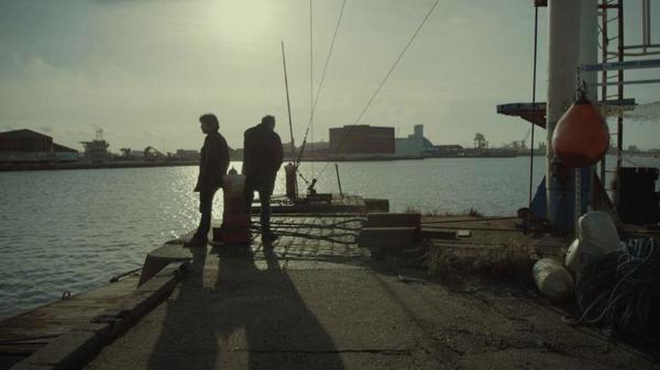 La série de France 2 tombe sous le charme de Dunkerque - L'Absente integraal gedraaid in Duinkerke