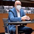 VW-Untreue-Prozess:Osterloh rechtfertigt Vergütung auch mit hochdotierten Angeboten