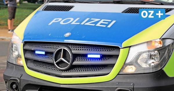 19-Jährige überschlägt sich mit Auto bei Altenpleen – schwer verletzt