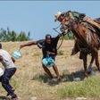 """RFC on Twitter: """"https://t.co/NLZjqIN2E1 - Home https://t.co/np5MrkklSK Etats-Unis: Migrants haitiens pourchassés par des gardes frontaliers à cheval comme du bétail au sud du Texas Visualiser ci-contre la vidéo de CNN sur le sujet. Cela est survenu après ... Cliquer pour lire plus… https://t.co/nzI8SGGls6"""""""