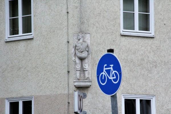 Wo blickt dieser Mann ins Havelland? (Foto: Marlies Schnaibel)